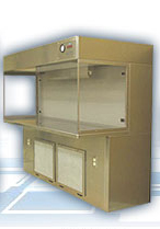 Cleanroom Benches & Fumehoods